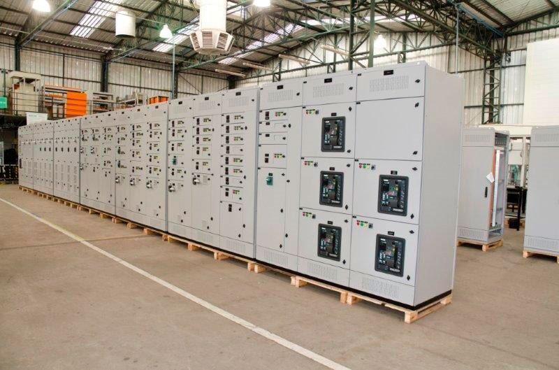 Quadros elétricos no interior de sp